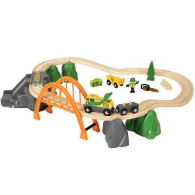 Stor BRIO skovarbejder togbane