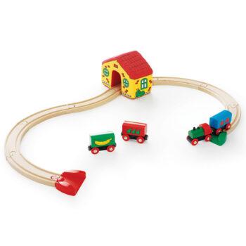 her finder du min foerste brio togbane som legetoej