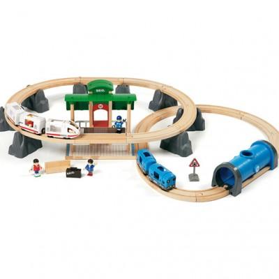 Metro togbanen er stor, når alle delene er samlet.