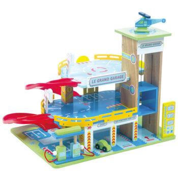 Den store legetøjsgarage fra Le Toy Van leveres her hurtigt af Legetøj Online