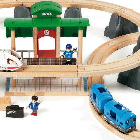 Den store Metro togbane far BRIO
