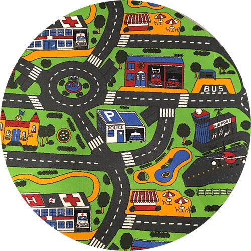 Rundt legetæppe til bilerne, med udrykning som tema